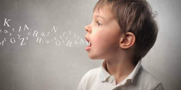 Trẻ 3-4 tuổi có thể nói được các câu phức tạp