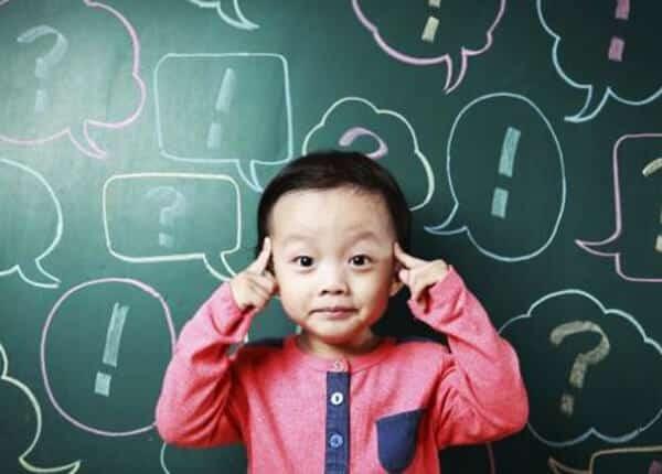 Trẻ có xu hướng chậm phát triển về cả thể chất lẫn tinh thần