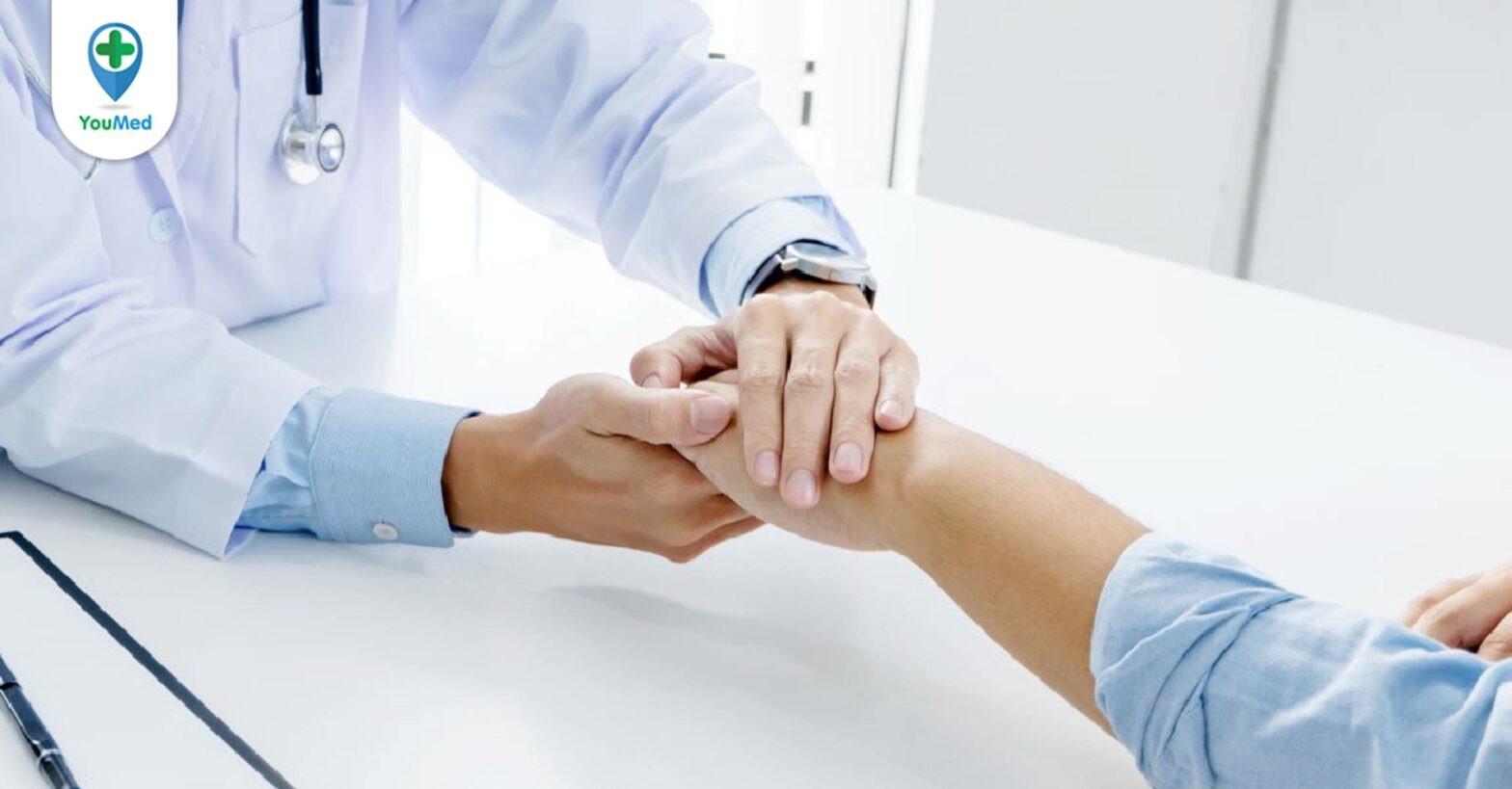 Viêm da mủ hoại thư: nguyên nhân, triệu chứng và cách điều trị