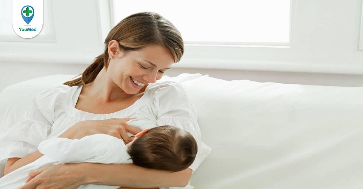 Có nên tiêm vắc-xin sởi - quai bị - rubella cho phụ nữ đang cho con bú?