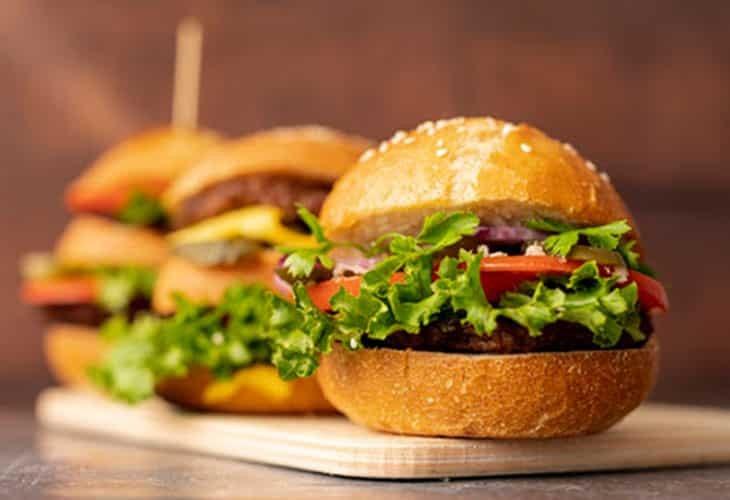 Nam giới có thể mắc bệnh liệt dương do lối sống và chế độ ăn uống không lành mạnh