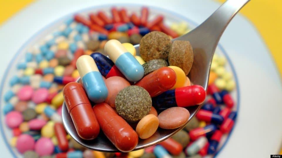Dùng thuốc là một trong những cách điều trị phổ biến.
