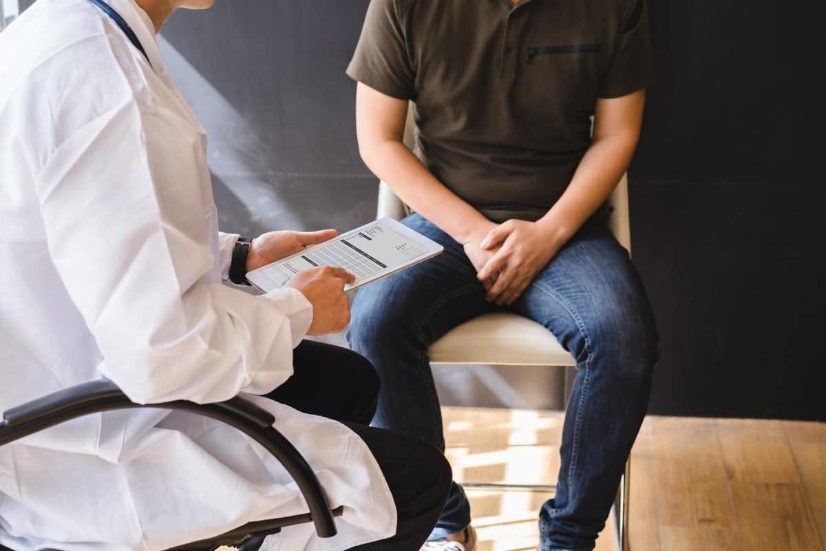 Thường xuyên thăm khám với bác sĩ nếu bạn thuộc nhóm nguy cơ cao mắc bệnh liệt dương