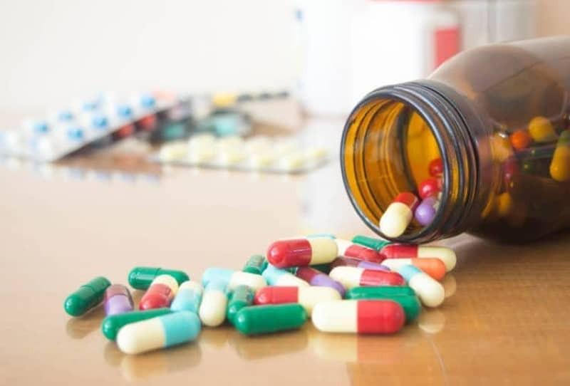 Tìm hiểu về thuốc giảm đau và các tác dụng phụ của thuốc giảm đau