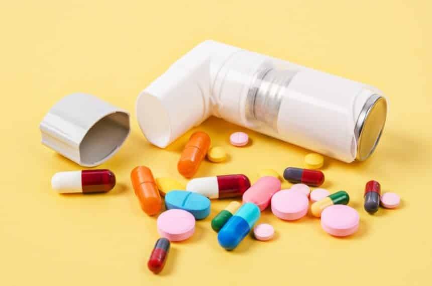 Ngưng hoặc giảm bớt Corticosteroid kể cả dạng hít theo ý kiến của bác sĩ điều trị
