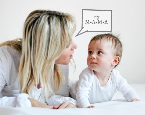 Ít dành thời gian cho trẻ có thể làm trẻ chậm nói