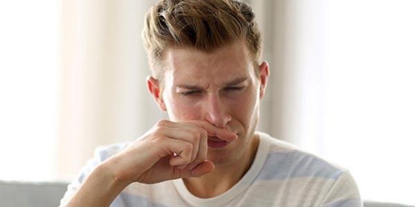tinh dịch có mùi hôi
