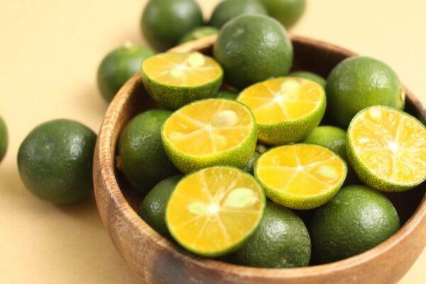 Tắc (quất) là trái cây có nhiều công dụng tốt với sức khỏe.