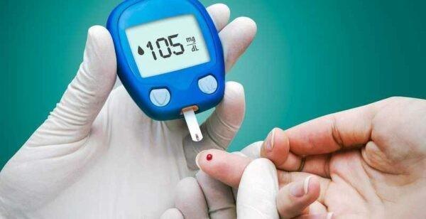Đường huyết hai tiếng sau bữa ăn: 90 đến 110 mg/dL