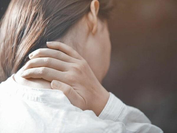 Giác hơi có tác dụng giảm đau, giãn cơ, thư giãn thần kinh...