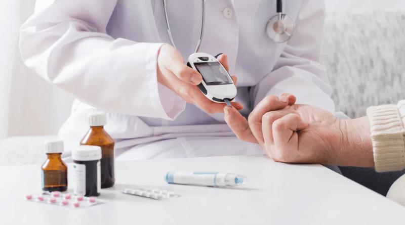 Đái tháo đường và cao huyết áp là các nguyên nhân thường gặp dẫn đến bệnh thận mạn