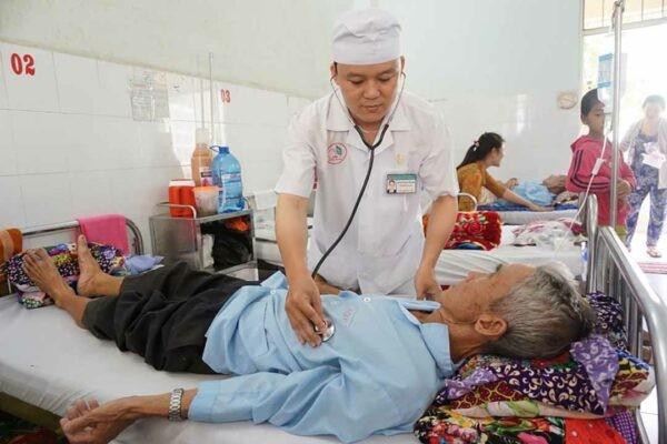 Người trên 60 tuổi cần giữ mức đường HbA1c từ 7,0 - 8,5 %