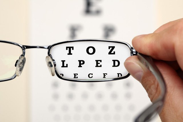 Cận thị là một tật khúc xạ phổ biến và có xu hướng trẻ hóa