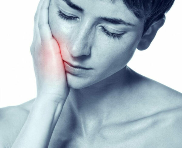 Đau dây thần kinh số V khiến người bệnh khó chịu, ảnh hưởng đến chất lượng cuộc sống.