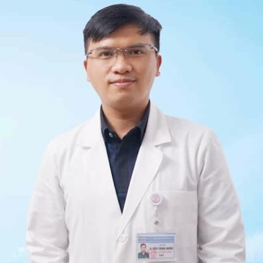 bác sĩ Hoàng Tiến Trọng Nghĩa