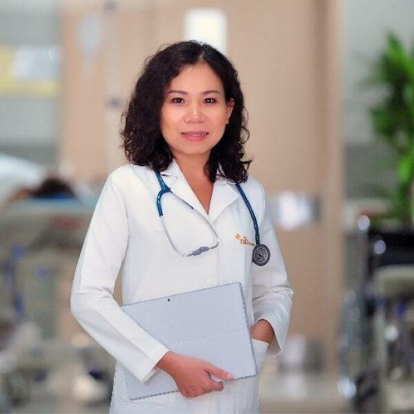 bác sĩ Nguyễn Hoàng Mỹ Phụng