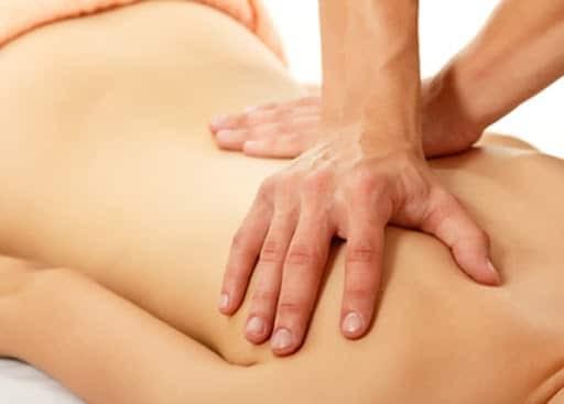 Bấm huyệt cũng có thể điều trị thoái hóa cột sống