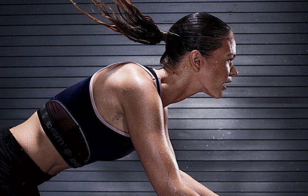 Vận động thường xuyên và nặng làm đổ rất nhiều mồ hôi