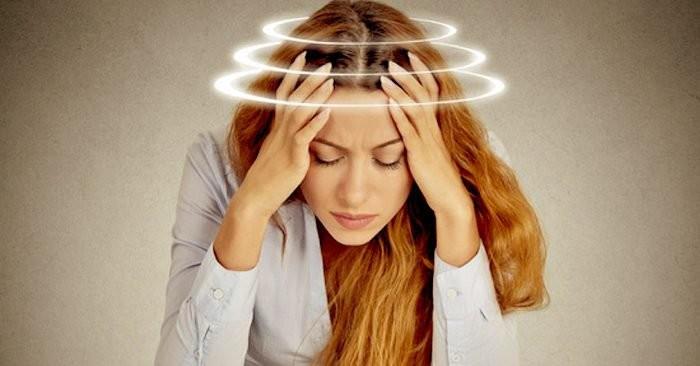 Chóng mặt là triệu chứng thường gặp trong rối loạn tiền đình gây khó chịu cho người bệnh