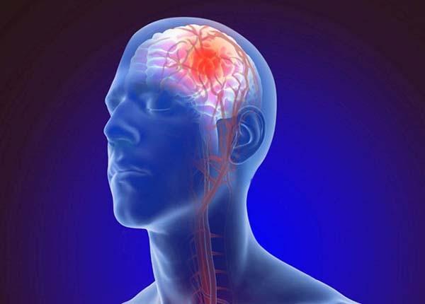 Xoa bóp - Bấm huyệt giúp cải thiện lượng máu lên não, làm giảm triệu chứng chóng mặt